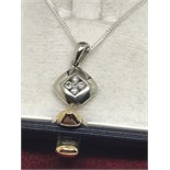WHITE GOLD PENDANT WITH 925 SILVER CHAIN