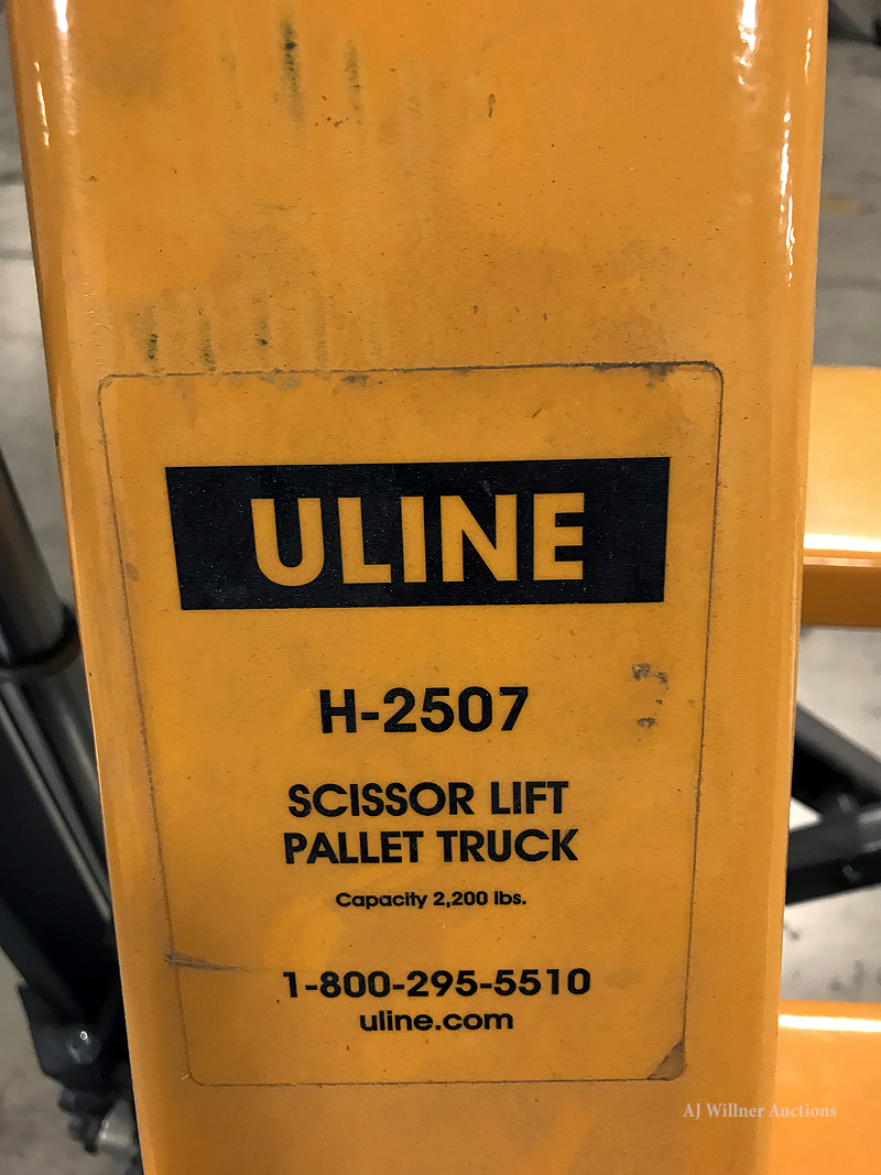 Lot 56 - U-Line High-Raise Manual Pallet