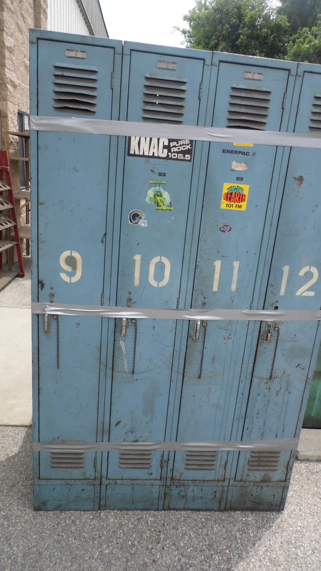 Lot 335B - BLUE LOCKERS