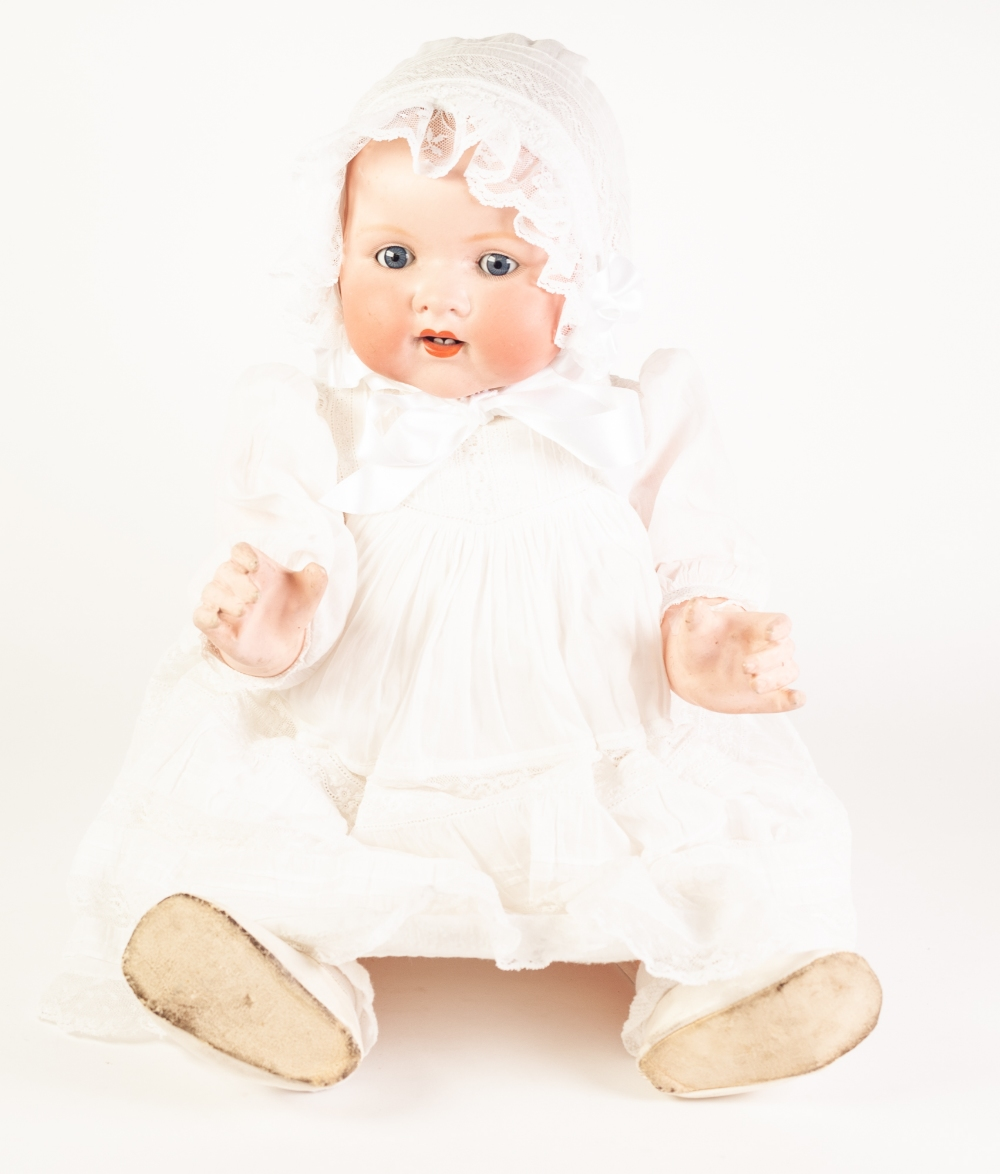 Lot 298 - AN EARLY TWENTIETH CENTURY ARMAND MARSEILLE BISQUE HEAD BABY DOLL, with sleeping blue eyes and