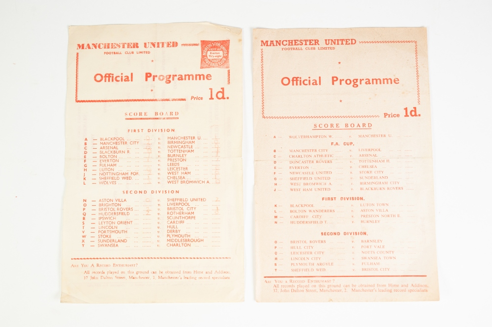 Lot 95 - TWO MANCHESTER UNITED RESERVES PROGRAMMES 1955/56 SEASON No. 12 Sheffield Wednesday and 1959/60 v