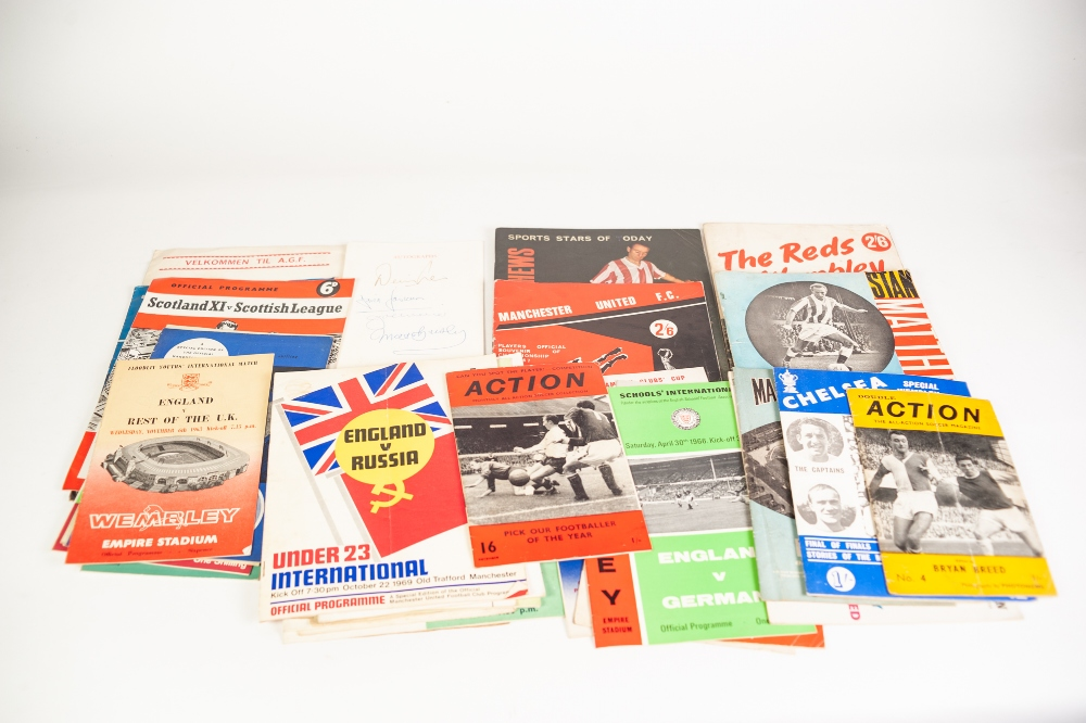 Lot 87 - MIXED LOT OF FOOTBALL ITEMS TO INCLUDE; The Reds at Wembley 1963, Farewell Match at Stoke for Sir