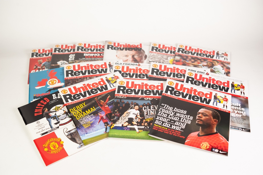 MANCHESTER UNTIED 29 HOME PROGRAMMES 2012-13, 28 AWAY PROGRAMMES Barcelona v Manchester United - Image 4 of 4