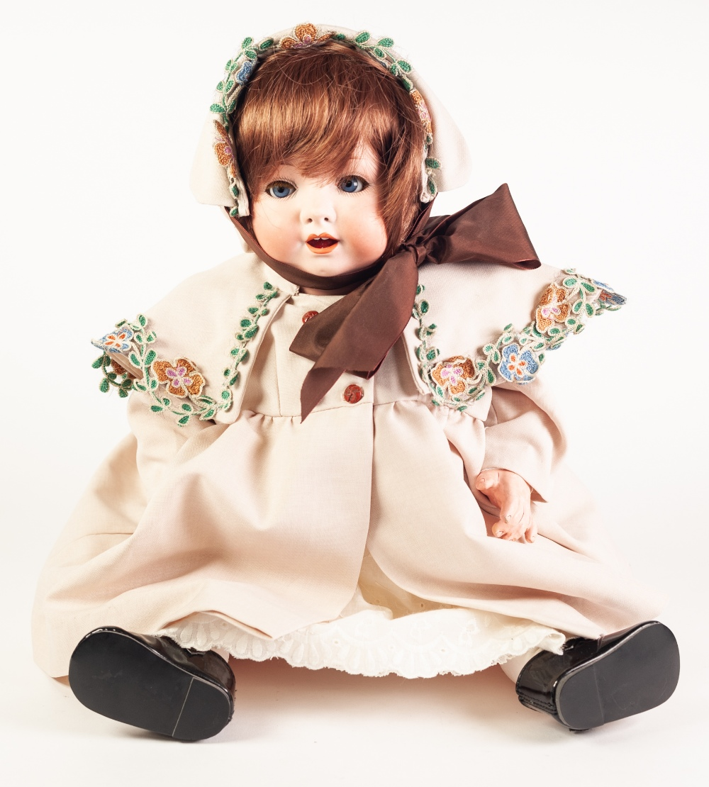 Lot 302 - AN EARLY TWENTIETH CENTURY HEUBACH-KOPPLESDORF BISQUE HEAD DOLL, with sleeping blue eyes, and open