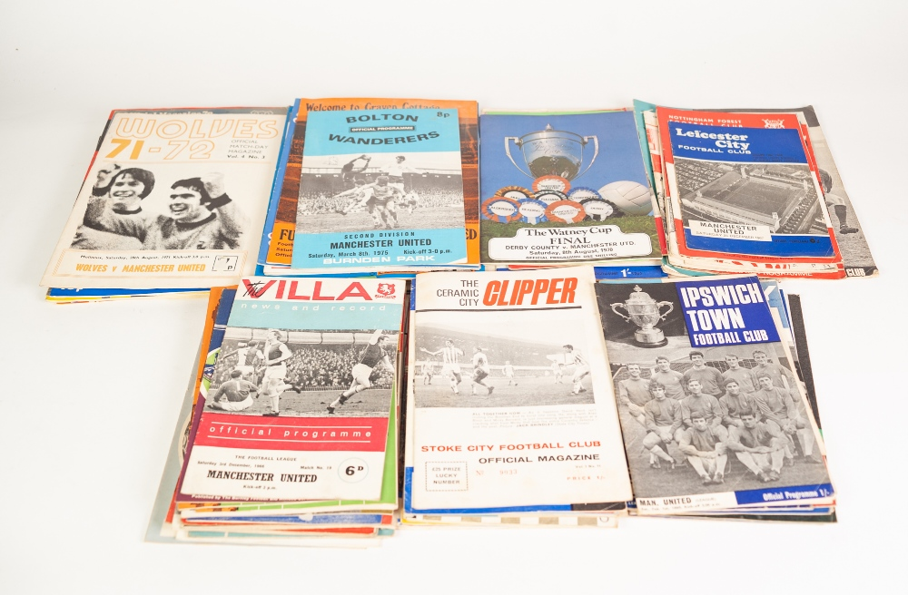 Lot 89 - QUANTITY OF MANCHESTER UNITED PROGRAMMES FROM 1966/67 SEASON to 1974/75 season (95)