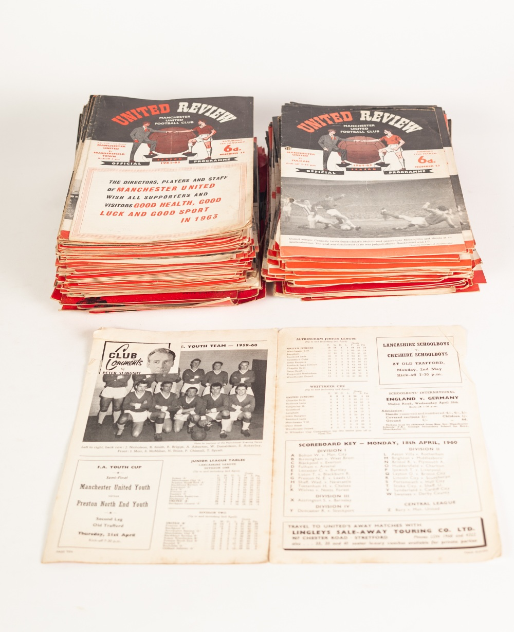 Lot 99 - QUANTITY OF MANCHESTER UNTIED HOME PROGRAMMES FROM SEASON 1959/60 TO 1970/71 (224 in total)