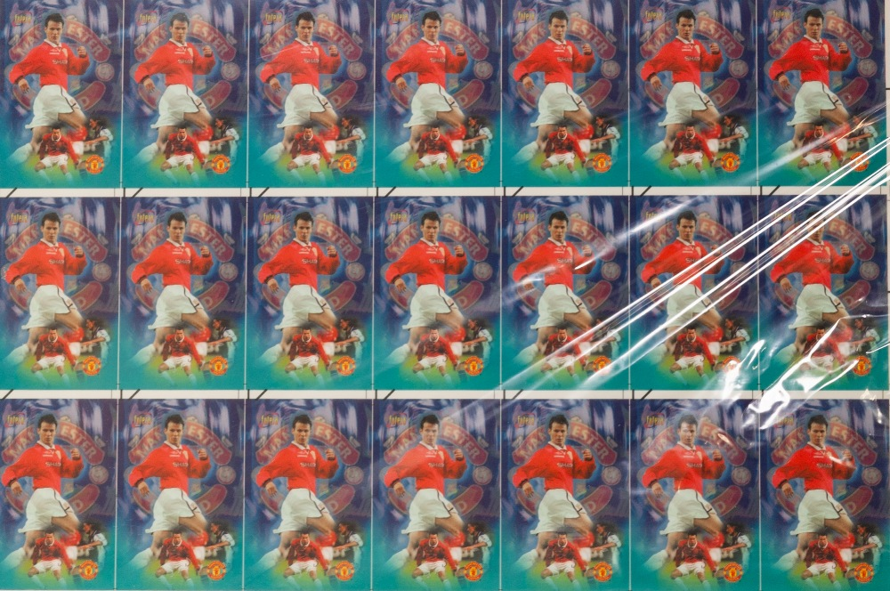 Lot 67 - FUTERA NET NET PHONE CARD, 14 FRAMED AND GLAZED SETS OF MANCHESTER UNITED PLAYERS, all 1/100 with