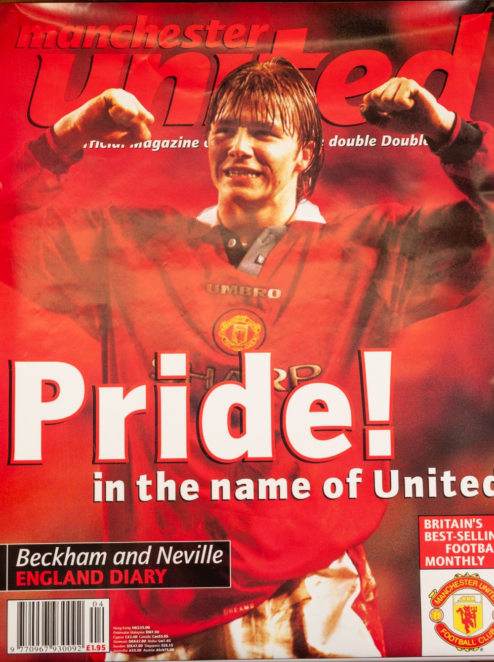 Lot 50 - IN EXCESS OF 100 POSTERS PERTAINING TO MANCHESTER UNITED