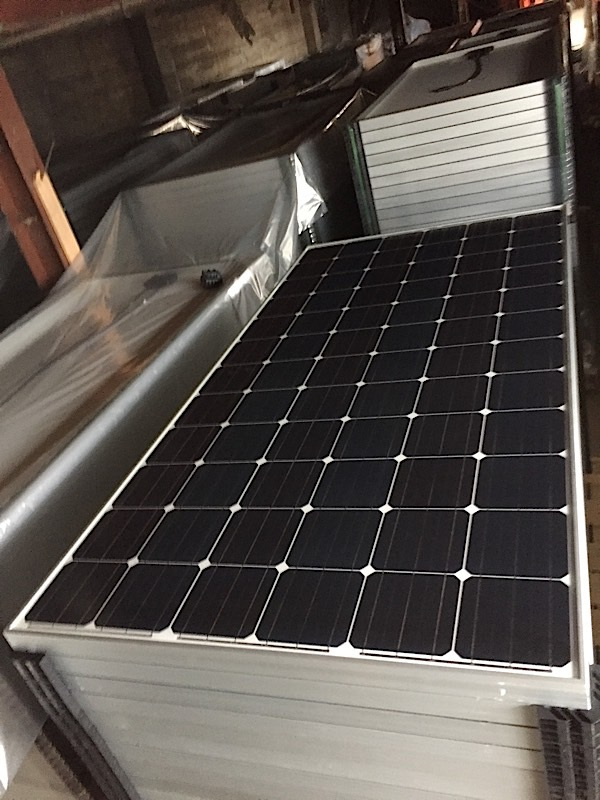 Lot 27 - LOT OF (5) 325 WATT SOLAR PANELS - (BIDDING IS PER PANEL MULTIPLIED BY 5)