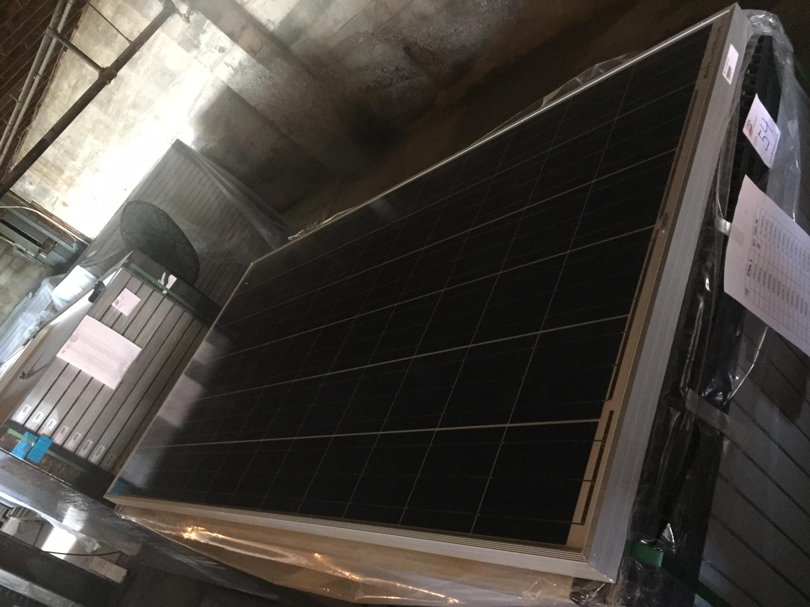 Lot 54 - *NEW LOT* LOT OF (27) 290 WATT SOLAR PANELS - (BIDDING IS PER PANEL MULTIPLIED BY 27)