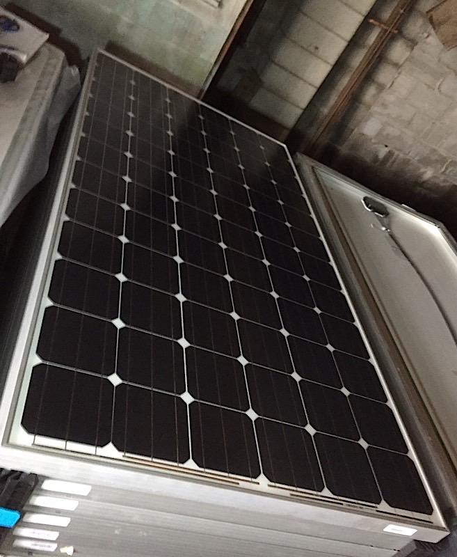 Lot 24 - LOT OF (20) 325 WATT SOLAR PANELS - (BIDDING IS PER PANEL MULTIPLIED BY 20)