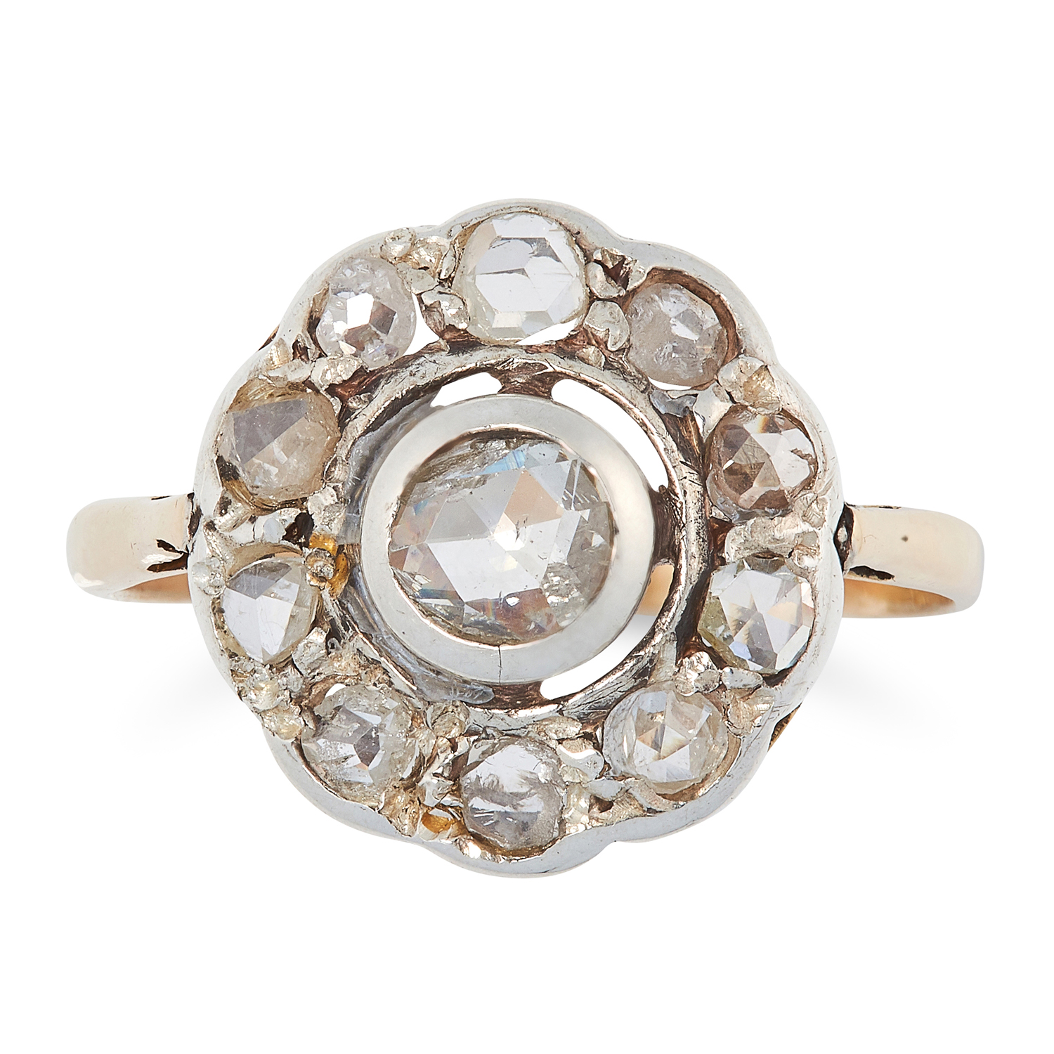 AN ANTIQUE DIAMOND CLUSTER RING, 19TH CENTURY in yellow gold and silver, set with a cluster of