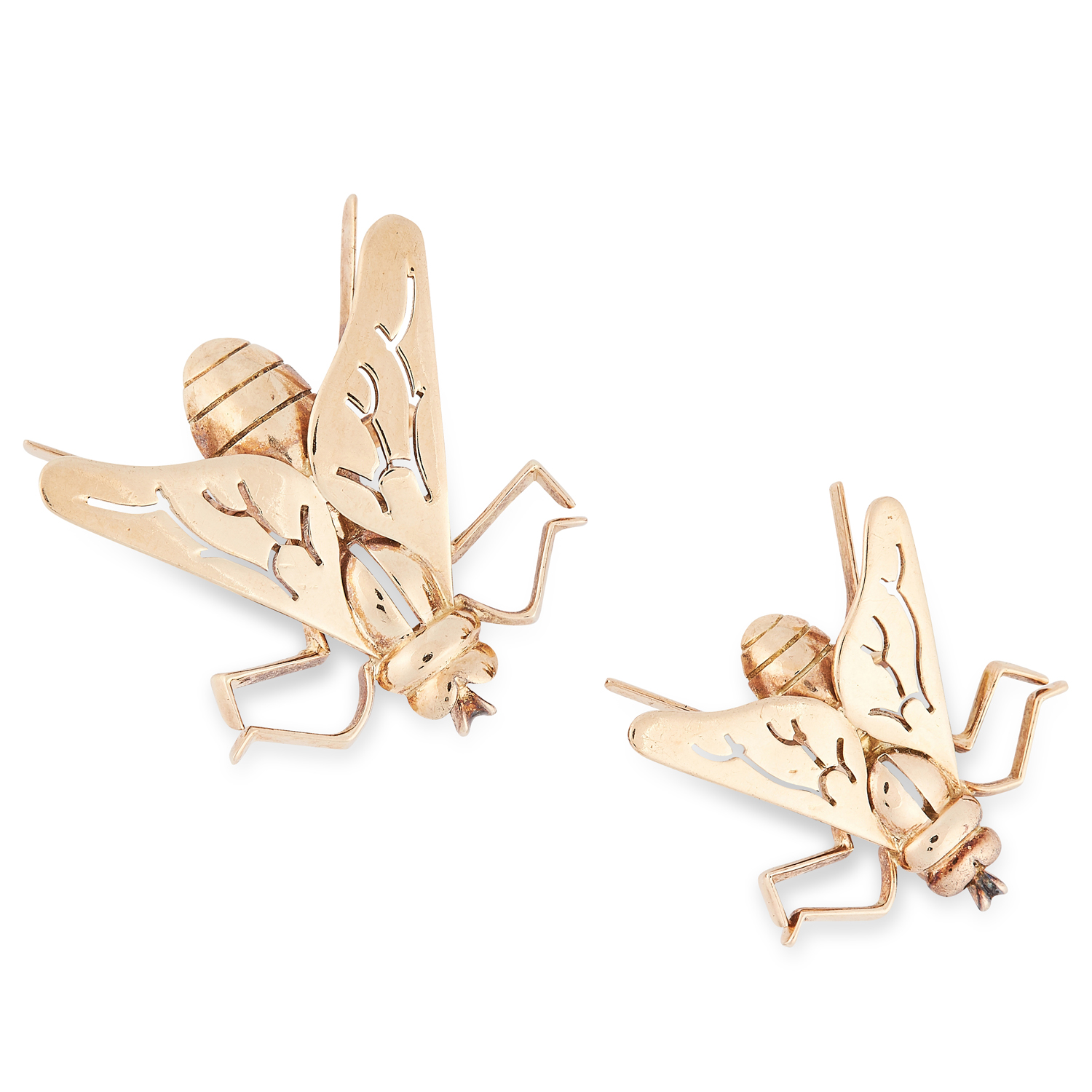 A PAIR OF FLY INSECT BROOCHES, BOUCHERON in yellow gold, comprising of a larger and a smaller fly,
