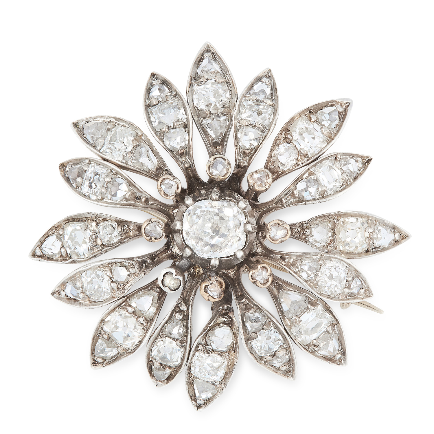 AN ANTIQUE DIAMOND FLOWER BROOCH, 19TH CENTURY in yellow gold and silver, designed as a flower,