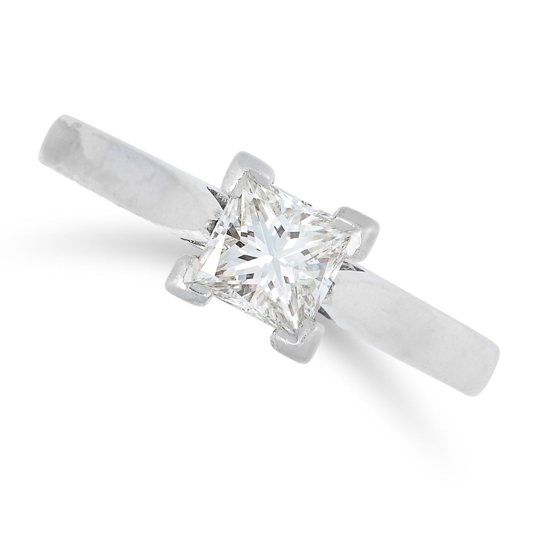 A 0.51 CARAT DIAMOND SOLITAIRE RING in platinum, set with a princess cut diamond of 0.51 carats,