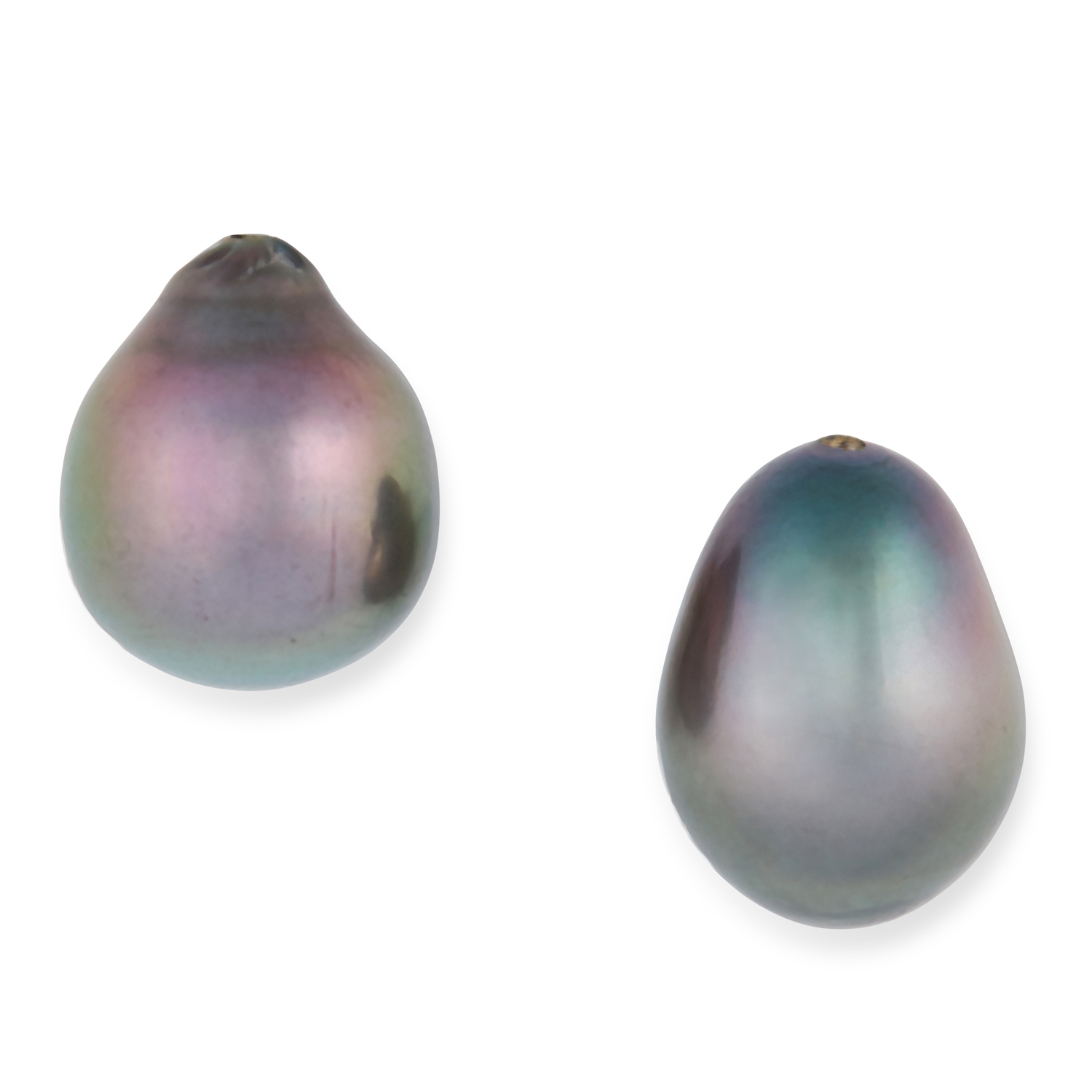 A PAIR OF GREY / BLACK PEARLS of 14.5 and 15.8mm, unmounted, half drilled, 6.1g.