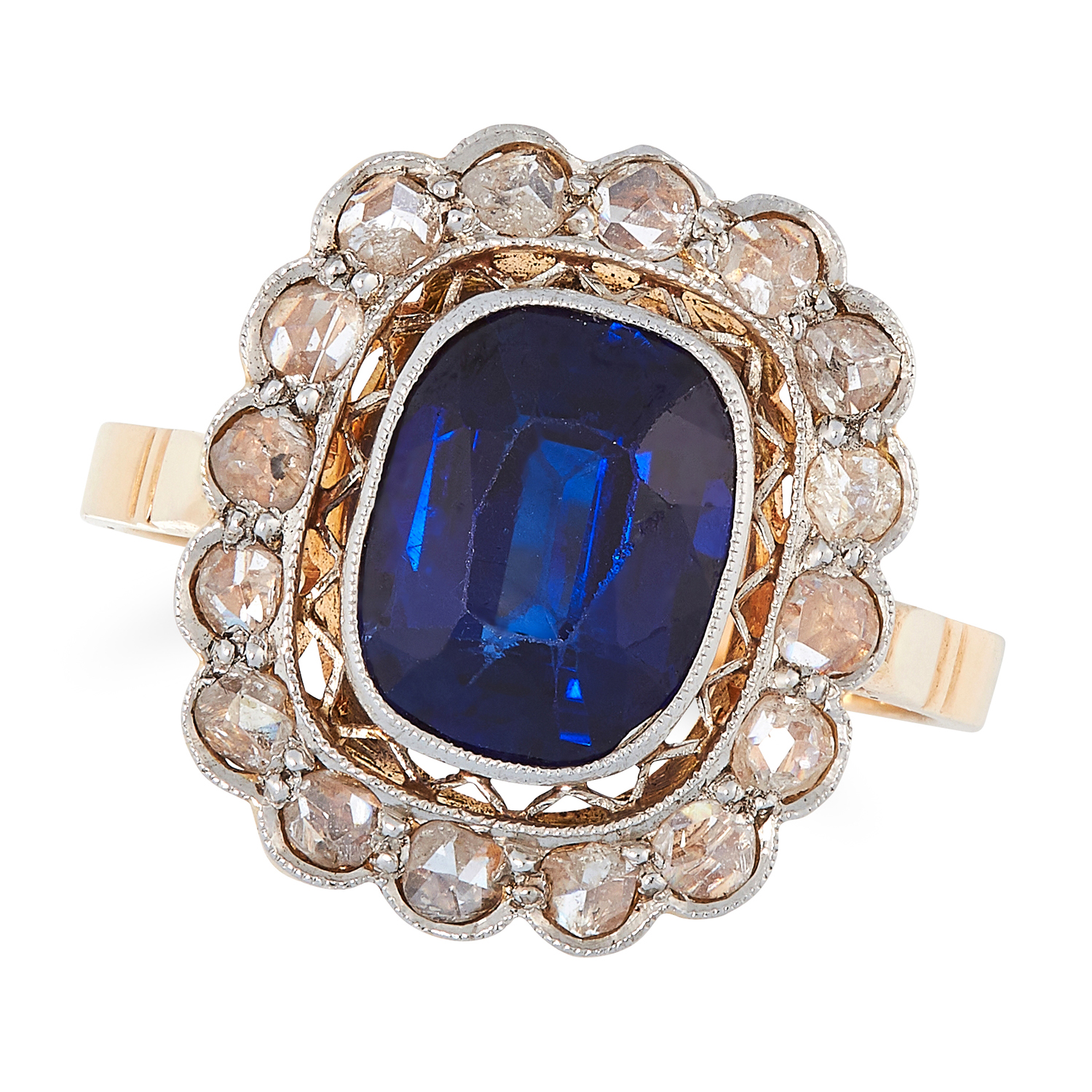 AN ANTIQUE SYNTHETIC SAPPHIRE AND DIAMOND CLUSTER RING, EARLY 20TH CENTURY in yellow gold, set