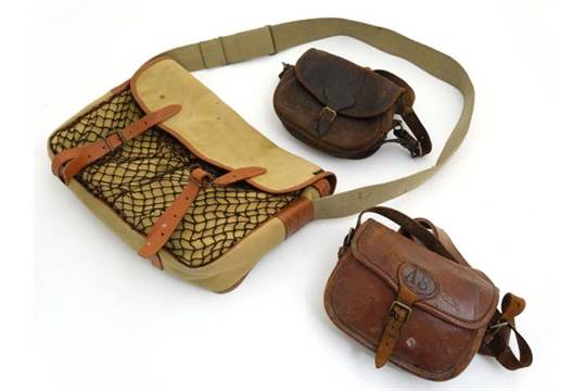 humör fetma studien  Shooting : A Barbour Liddesdale canvas and leather Game Bag ...