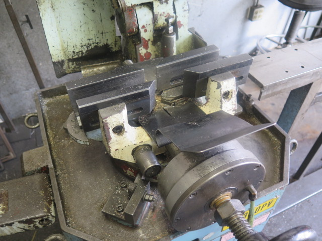 Lot 31 - Soco MC350PV Miter Cold Saw w/ 2-Speeds, Pneumatic Clamping, Work Support