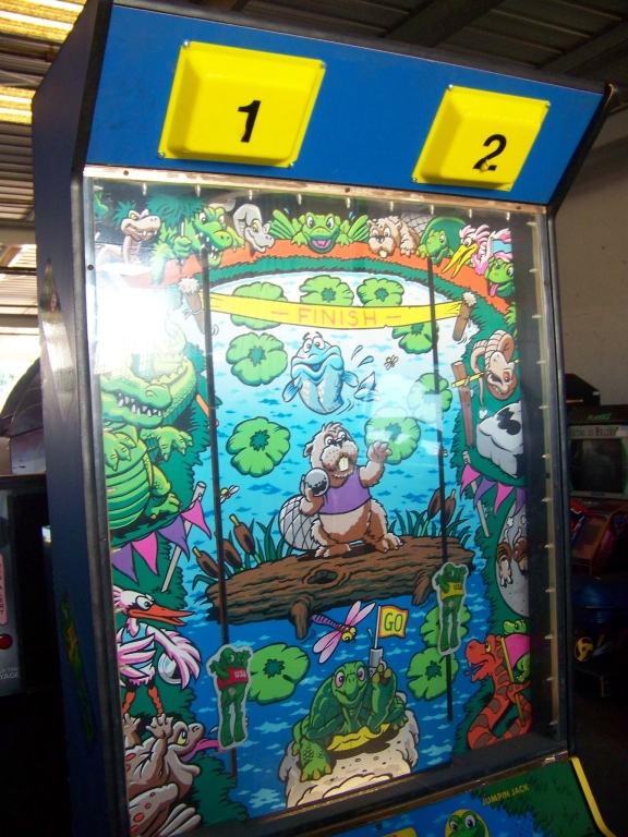 Lot 45 - RIBBIT RACIN' TICKET REDEMPTION GAME LAZERTRON