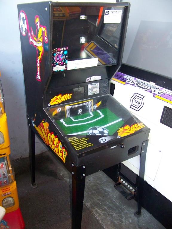 Lot 54 - PLAY SOCCER BULK PRIZE VENDING GAME