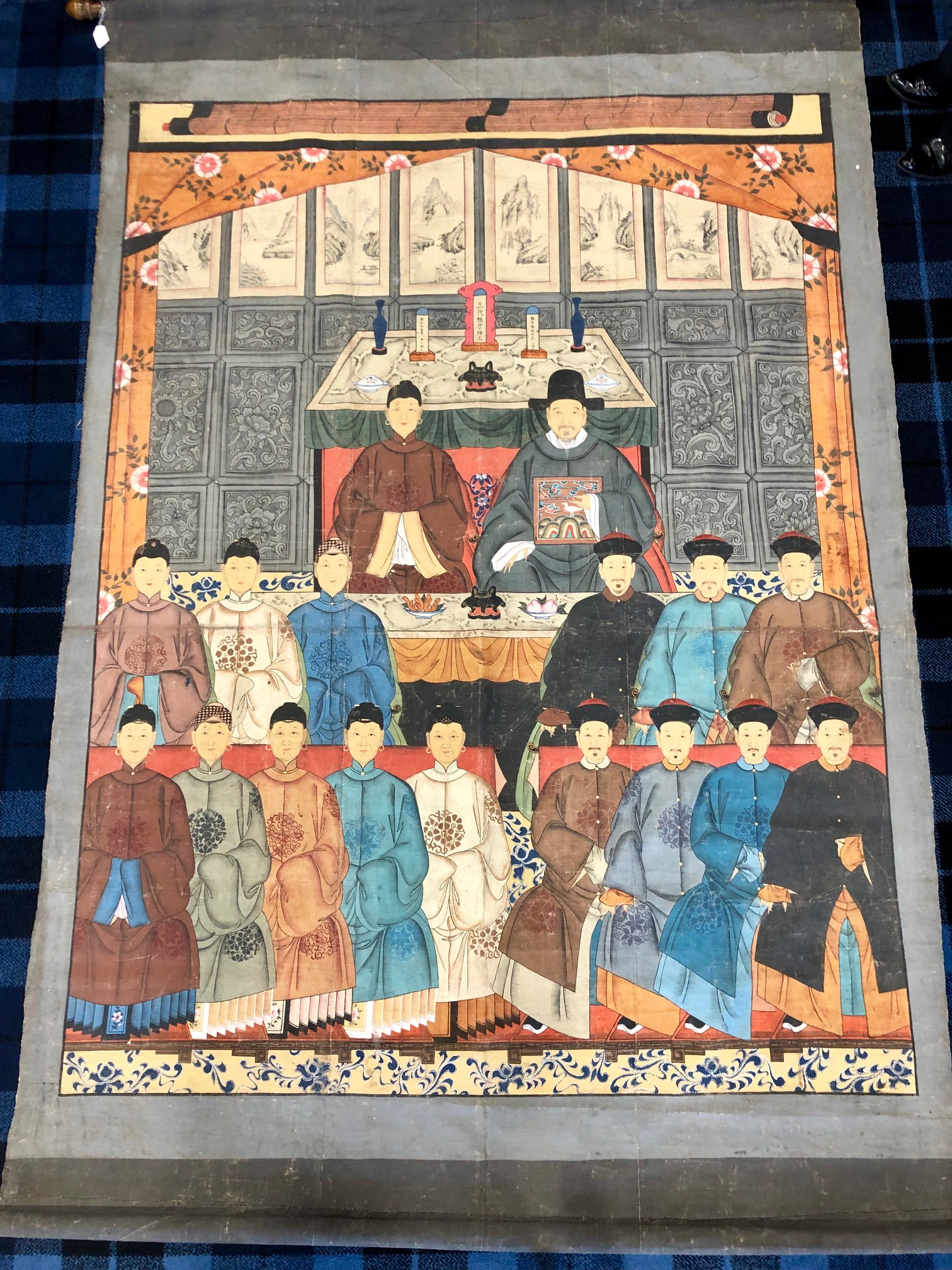 Lot 1019 - A LARGE CHINESE ANCESTOR PAINTING