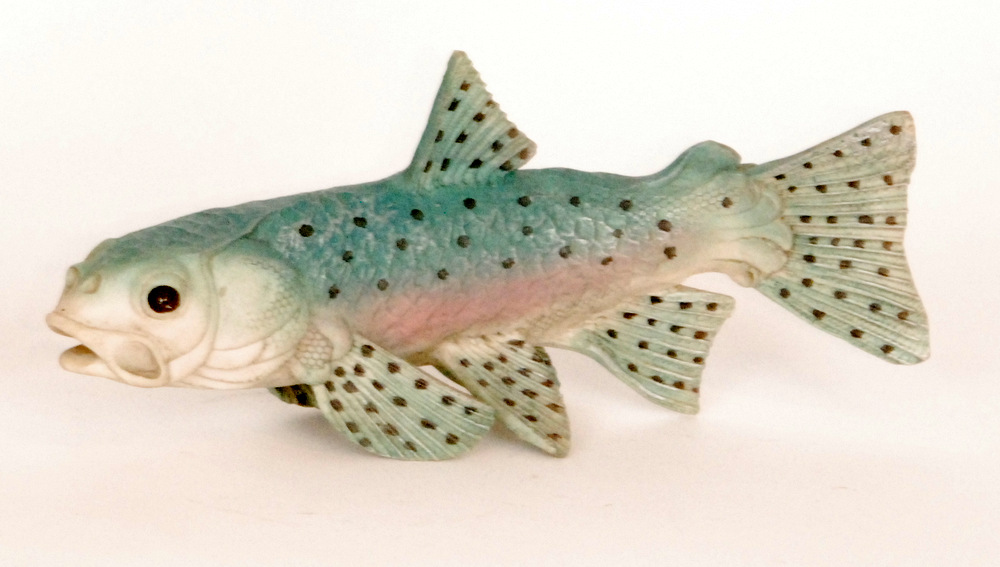 Lot 15 - A contemporary studio pottery Bowbrook Pottery wall hanging of a fish by Colin Andrews decorated in