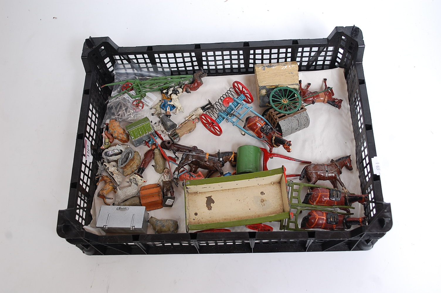 One tray containing approx. 50 various Britains and other lead hollow cast farming and civilian