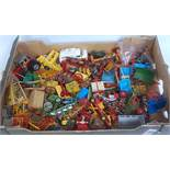 One tray containing a large quantity of mixed a/f diecast and lead hollow cast farming miniatures to