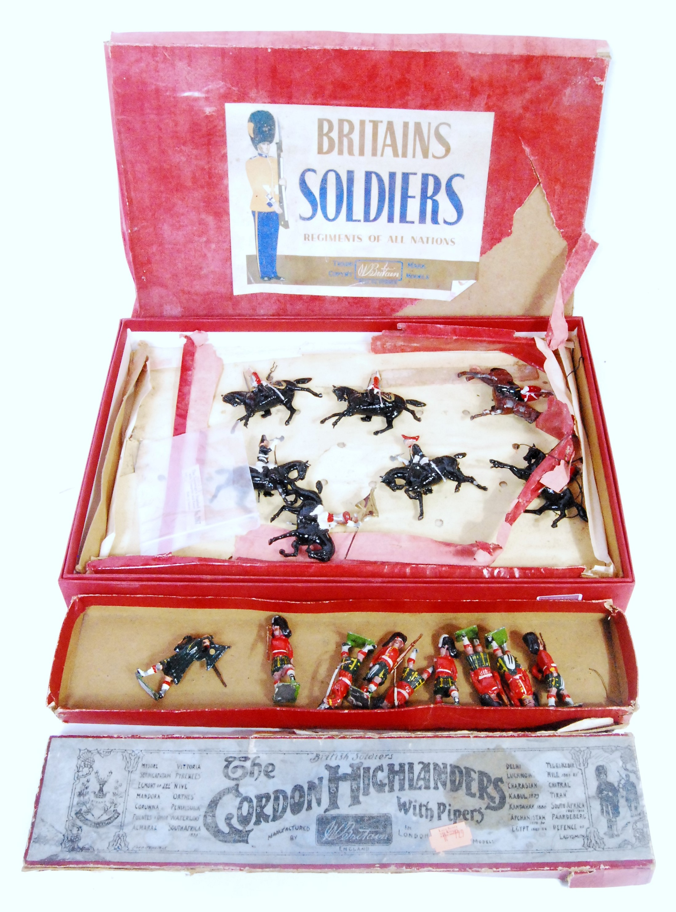 Britains Boxed Solider and Mounted Horse Group, to include Set No.77 Gordon Highlander, comprising 8