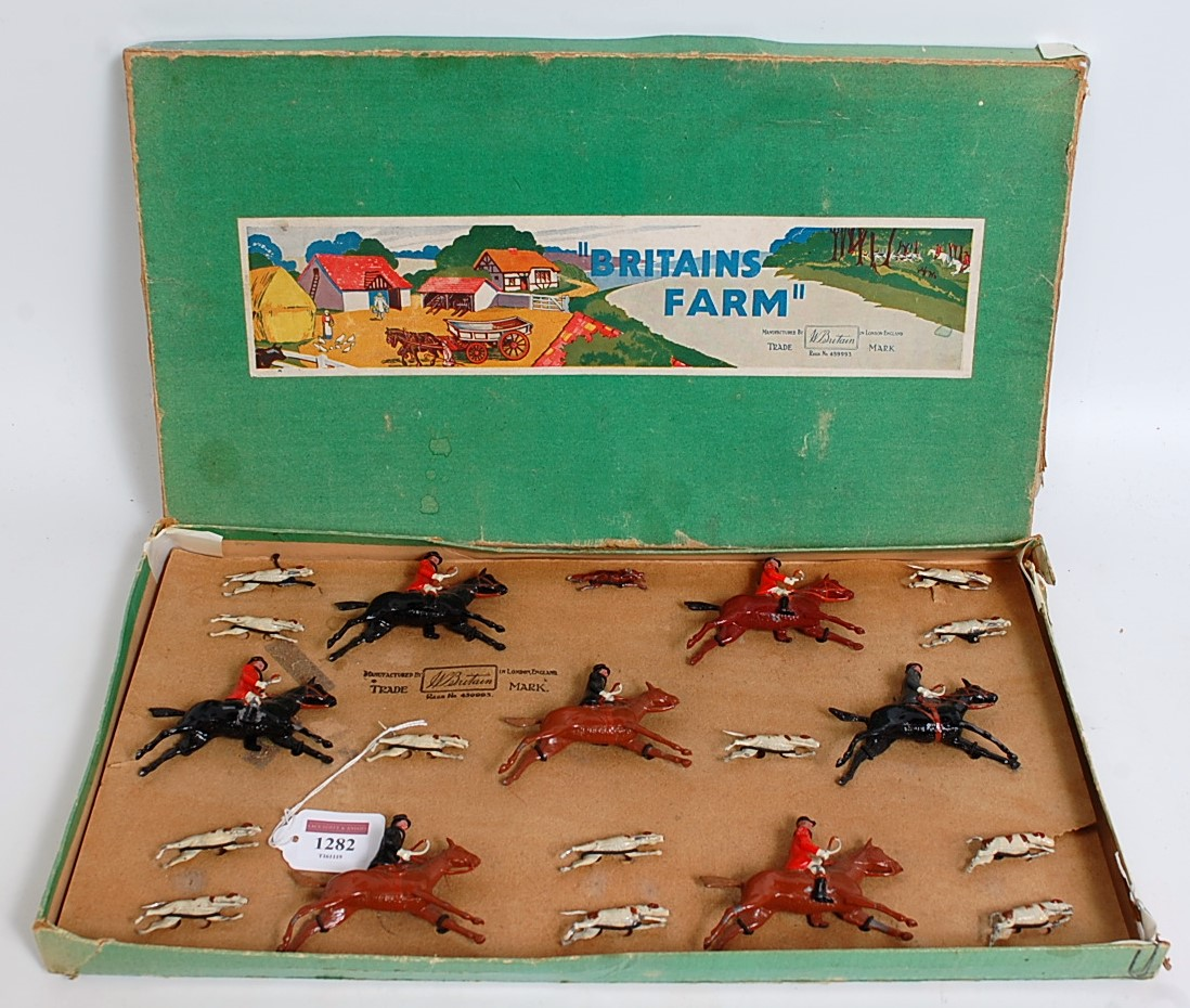 A Britains Set No. 235 1930s Full Cry boxed set comprising of 20 various hunt figures to include