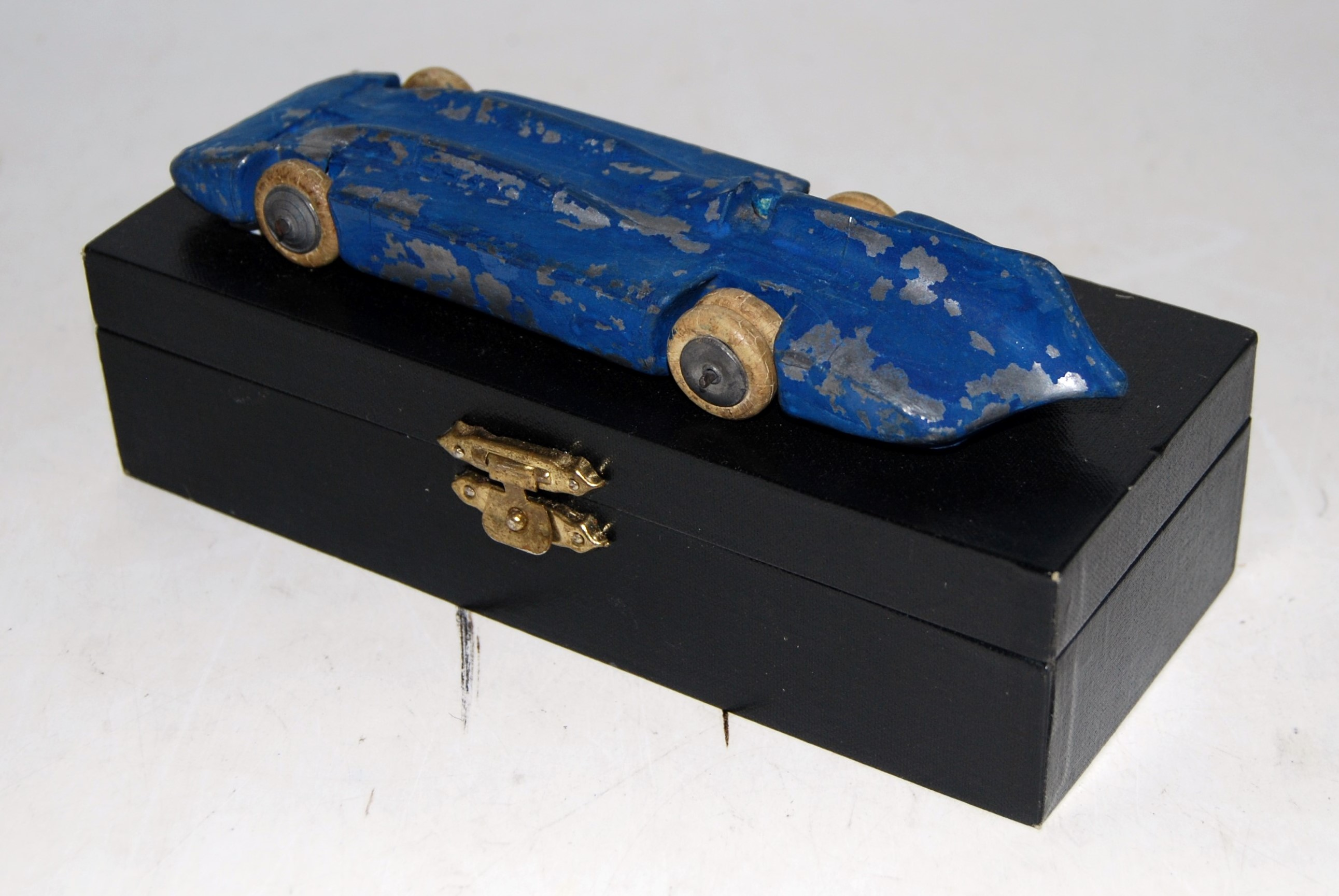 A pre-war No.1400 Britains Bluebird comprising of two piece detachable body and chassis, blue