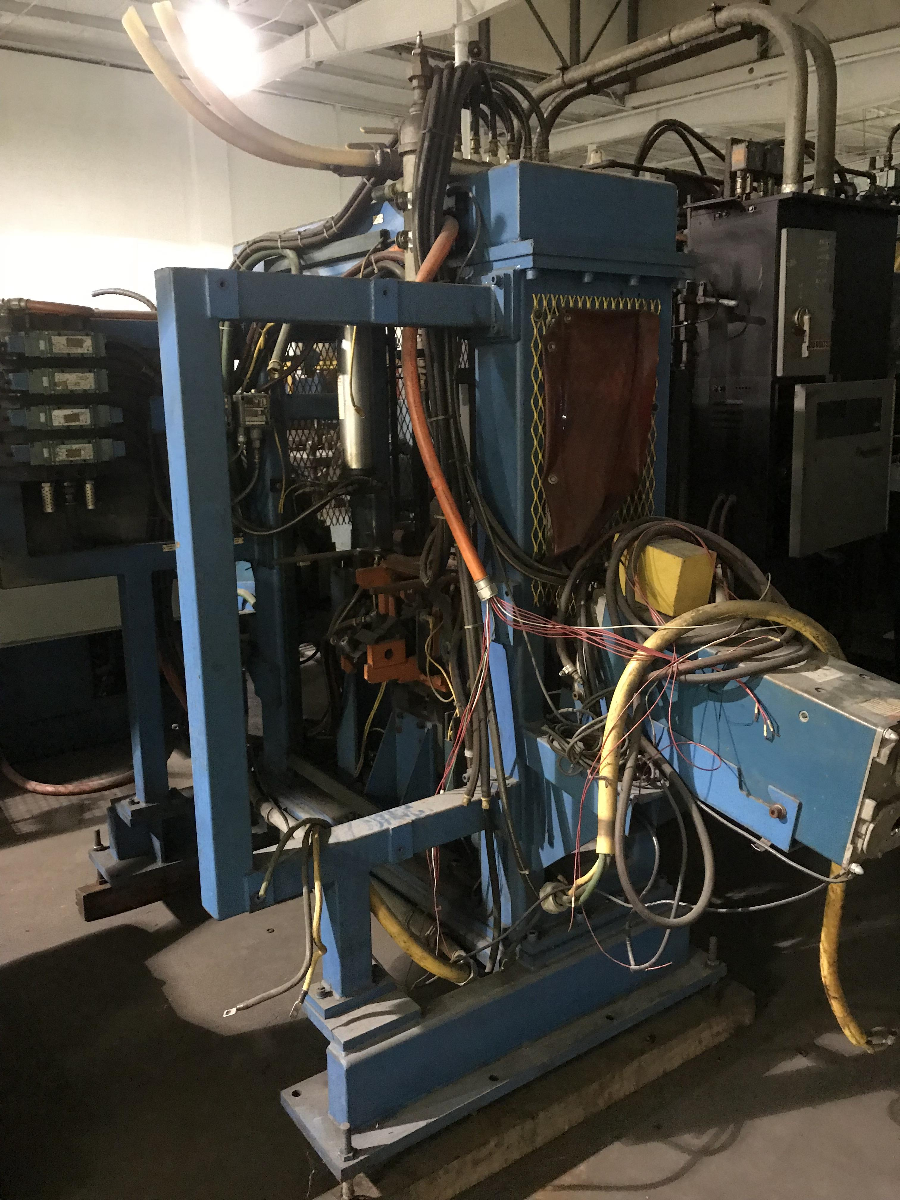 Lot 52 - Pentier Welding Cell, Marine City Location, C3 Equipment loading charge $200.00