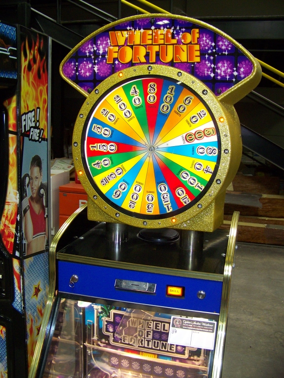 Lot 167 - WHEEL OF FORTUNE TICKET REDEMPTION PUSHER GAME