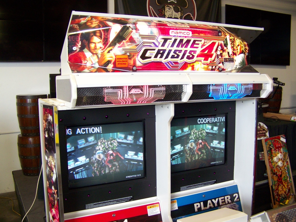 Lot 140 - TIME CRISIS 4 TWIN SHOOTER ARCADE GAME NAMCO