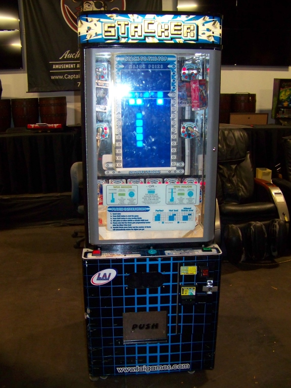 Lot 173 - STACKER CLUB BLUE INSTANT PRIZE REDEMPTION GAME