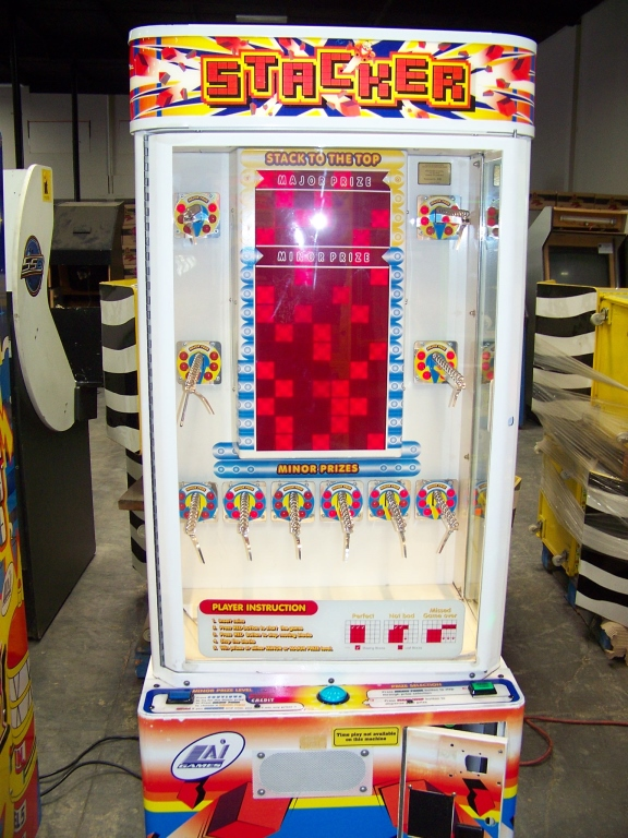Lot 170 - STACKER CLUB RED INSTANT PRIZE REDEMPTION GAME