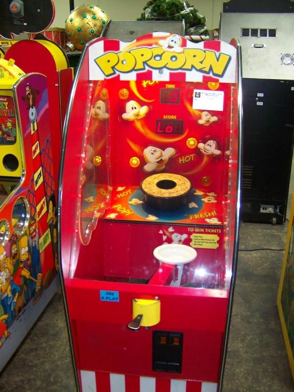 Lot 153 - POPCORN TICKET REDEMPTION GAME BAYTEK