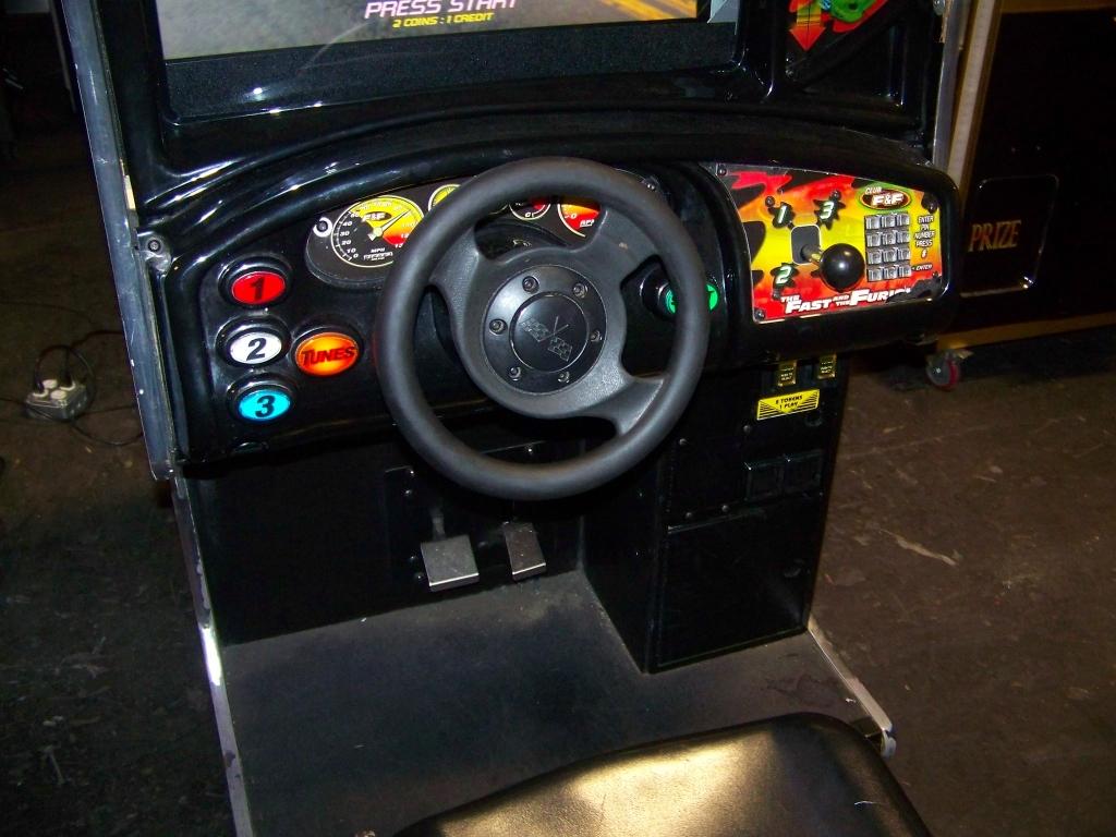 Lot 133 - FAST & FURIOUS SITDOWN DRIVER ARCADE GAME LCD