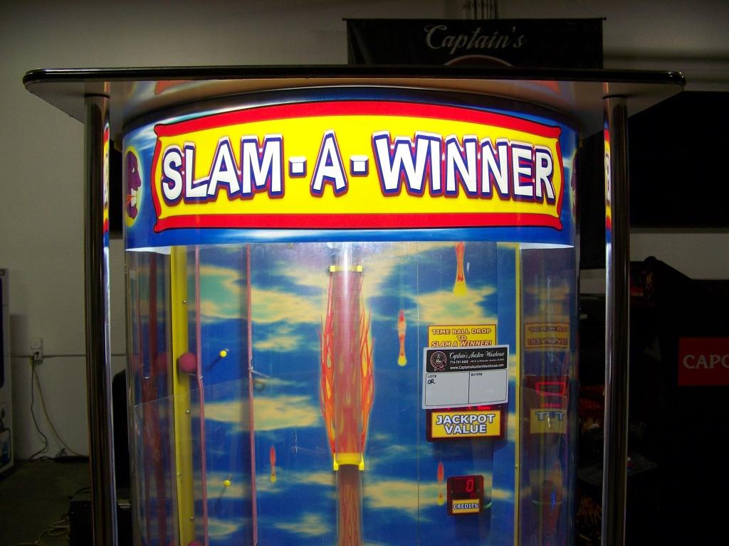 Lot 142 - SLAM A WINNER TICKET REDEMPTION GAME BENCHMARK