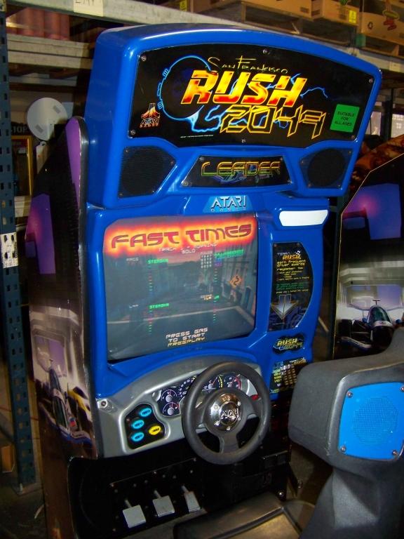 Lot 138 - RUSH 2049 RACING ARCADE GAME ATARI