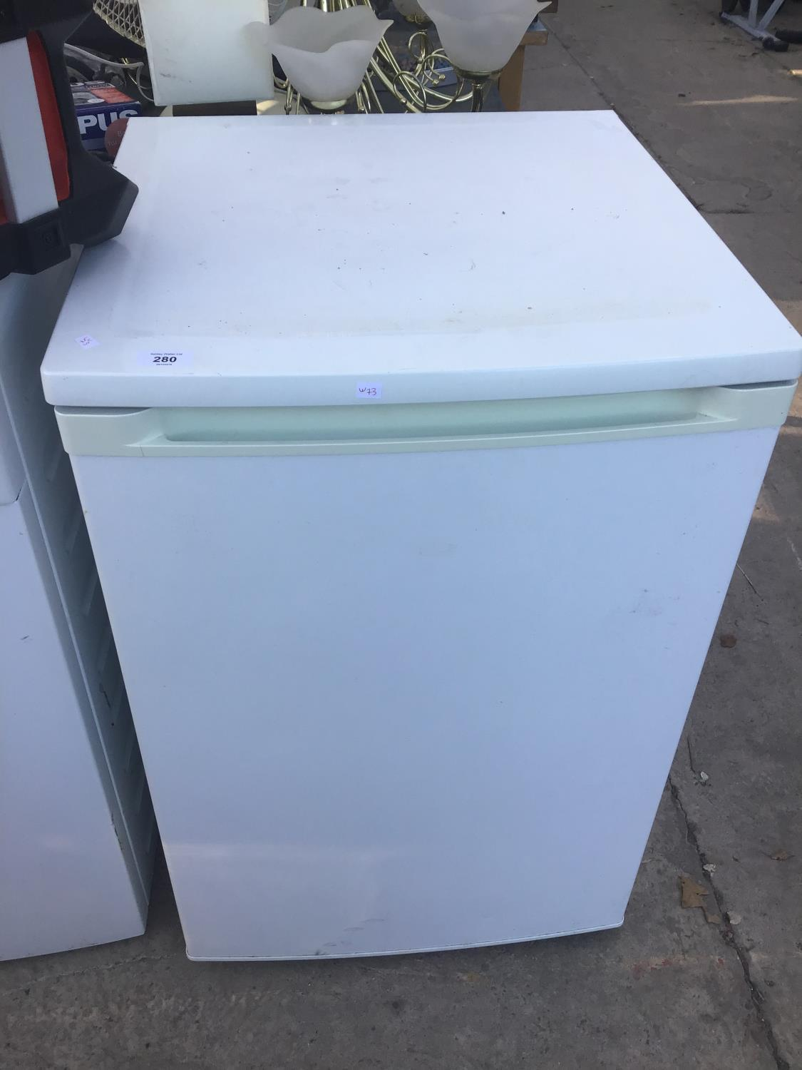 Lot 280 - A CURRY UNDER COUNTER FRIDGE IN WORKING ORDER
