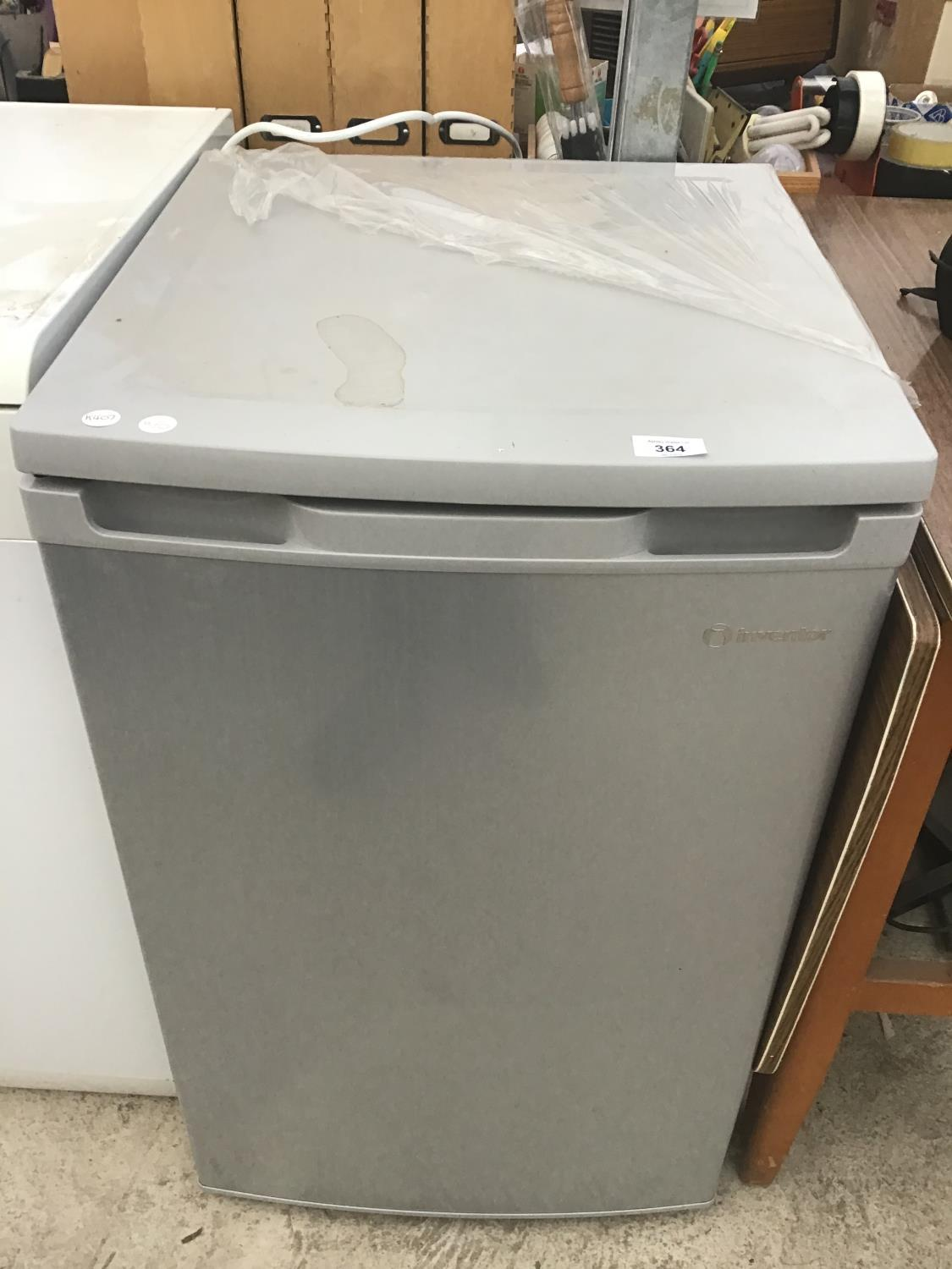 Lot 364 - AN INVENTOR UNDER COUNTER FRIDGE IN CLEAN AND WORKING ORDER
