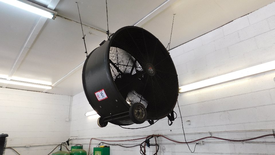 "Lot 45 - Heat Buster 48"" Barrel Fan"