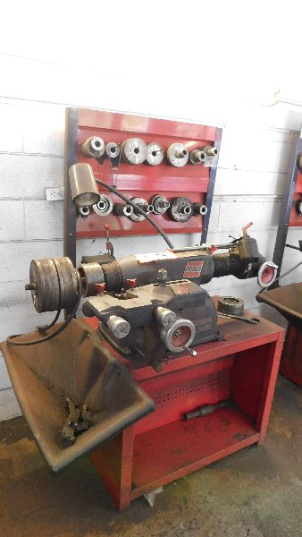 Lot 52 - Ammco Brake Lathe Mdl 4000, w/twin facing tool, cabinet and tools