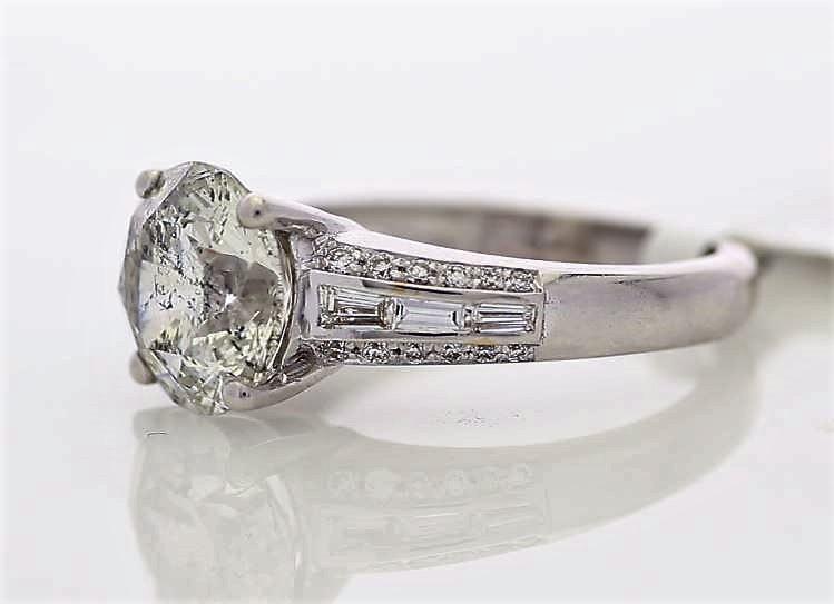18k White Gold Single Stone Prong Set With Stone Set Shoulders Diamond Ring 3.90 - Image 2 of 3