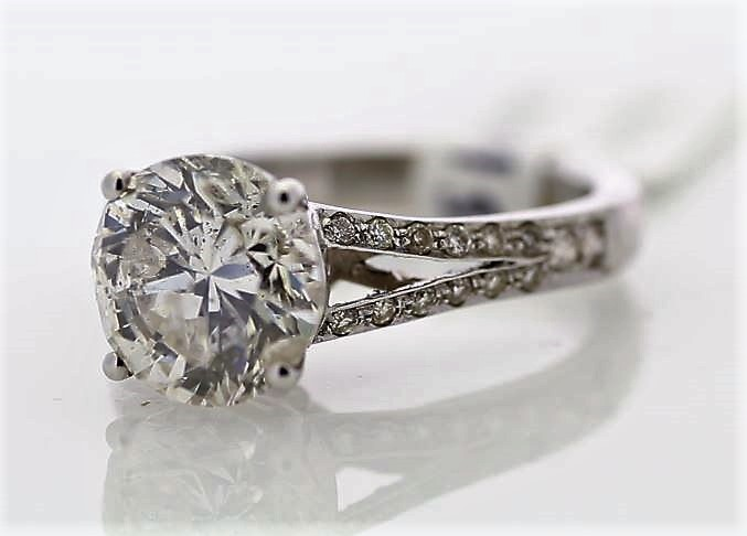 18k White Gold Single Stone Prong Set With Stone Set Shoulders Diamond Ring 3.57