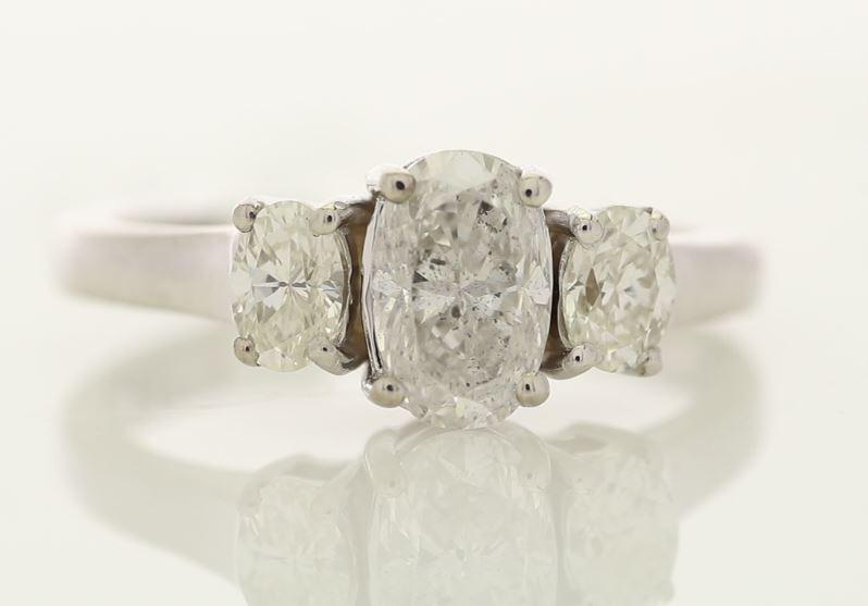 18k White Gold Three Stone Oval Cut Diamond Ring 1.55 - Image 2 of 3