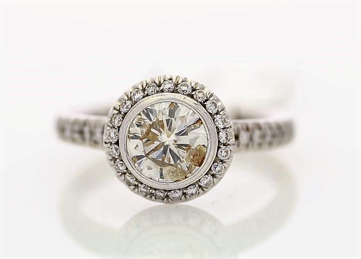 18k White Gold Single Stone With Halo Setting Ring 1.39