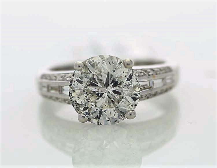 18k White Gold Single Stone Prong Set With Stone Set Shoulders Diamond Ring 3.90